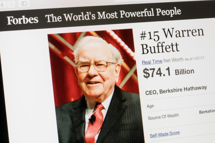 Why Warren Buffett's company can't beat this one investment product